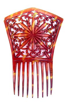 Antique Hair Comb Victorian Steer Horn Carved and Pierced Mantilla Style Hair Accessory. The Spanish Comb on Ruby Lane Tiara Hairstyles, Fancy Hairstyles, Vintage Hairstyles, Vintage Hair Combs, Vintage Hair Accessories, Art Deco Hair, Hair Jewelry, Jewellery, Hair Ornaments