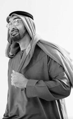 الشيخ محمد بن زايد آل نهيان Uae National Day, Arab World, Sheikh Mohammed, Photo Quotes, United Arab Emirates, Abu Dhabi, Ava, Forget, Father