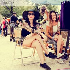 ¡Ficha los estilismos más cool del Flea Market en nuestro nuevo streetstyle! Fleas, Hipster, Street Style, Cool Stuff, Outfits, Style, Hipsters, Urban Style, Street Style Fashion