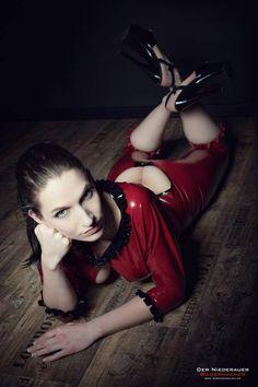 Model: Tinchen-rocksPhoto: Der Niederauer