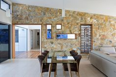 Dining Room, http://decorextra.com/the-golf-house-by-studio-15b/