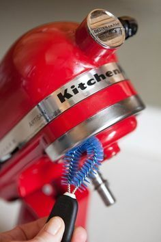 How To Clean a Stand Mixer is part of Kitchen aid recipes - The flour and batter spills that come along with each use will show in time Deep Cleaning Tips, House Cleaning Tips, Spring Cleaning, Cleaning Hacks, Kitchen Aid Recipes, Kitchen Aid Mixer, Kitchen Hacks, Kitchen Aide, Kitchen Tools
