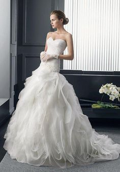 Two by Rosa Clará RONALD Wedding Dress - The Knot