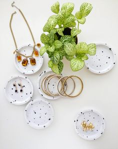 IKEA Hack -DIY Speckled Jewelry dish from coasters