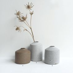 New series by Mizuyo Yamashita, a Japanese ceramicist based in London. Mizuyo's work ranges from small object, tableware to installation....