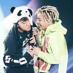 Thank you so much for 29k! Can u imagine? We are 29 000 vips who share love & beautiful moments of our five angels with each other? It's incredible....I love you so much guys!♡♡♡ Some TAERI for y'all . . . . . . . . . . . . . Cr to owner❤️ #bigbang#bigbangtop#iloveyoutop#bigbanggd#GD#gdragon#TOP#top#bigbangdaesung#bigbangseungri#bigbangtaeyang#taeyang#seungri#daesung#lovebigbang#vip#bigbangvip#vips#fighting#handsome#handsomeman#cute#hot#cuties#loveit#bingu#riri#VIP#smilingangel#kpop