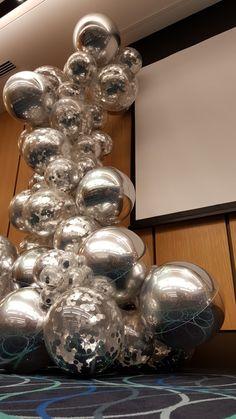 Stunning metallic silver organic garland from Chris Adamo CBA of www.balloons.net.au
