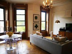 coffee in the sun: Appartement in Brooklyn NY en Kazimir Malevich