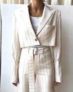 oss Lady Lana in Orseund Suiting 💅? Look Fashion, Fashion Outfits, Womens Fashion, Fashion Design, Aesthetic Fashion, Dress Outfits, Mode Turban, Cream Suit, Cream Blazer