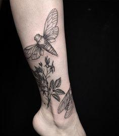 WEBSTA @ mary_tereshchenko - Healed branch and fresh cicadas)😍In progress  #darkartists #blackworkerssubmission #blxckink #inkstinctsubmission #iblackwork #tattrx #tattooartistmagazine  #equilattera #blacktattooart #tatt #botanicalart #plantillustration #blacktattoomag #tattoo2me #iblackwork #wiilsubmission