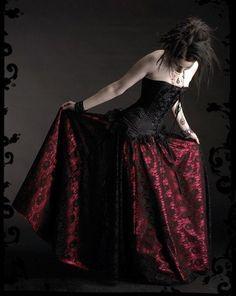 Acanthe Gothic romantische Spitze und Satin Rock  von rosemortem