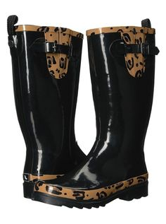 Wonderful style black wide calf rain boots that are waterproof and chic all at once. Leopard Boots, Cheetah, Calf Boots, Shoe Boots, Floral Boots, Boating Outfit, Free Clothes, Rubber Rain Boots, Calves