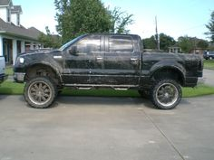 Just add a grill guard and that's my dream truck!