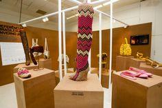 Artesanato e sustentabilidade inspiram moda em 2017  VISITE TAMBÉM NOSSAS PAGINAS:  WWW.POLPATEC.COM.BR https://WWW.FACEBOOK.COM/POLPATEC.EMBALAGENS http://POLPATEC.BLOGSPOT.COM.BR