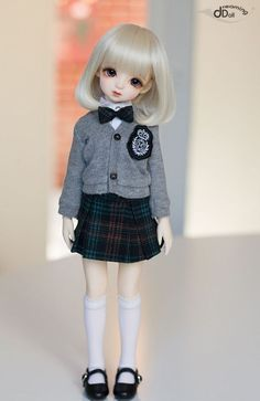 School Girl YUI is a Girl doll from Dreaming Doll. She looks gorgeous and stunning. Anime Dolls, Bjd Dolls, Girl Dolls, Pretty Dolls, Cute Dolls, Beautiful Dolls, Outfits Otoño, Anime Child, Vestidos