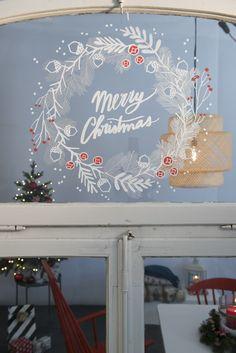 Christmas Mood, Xmas, Holiday, Decorating Blogs, Decorating Your Home, Christmas Window Decorations, Classroom Decor, Hygge, Chalk Marker