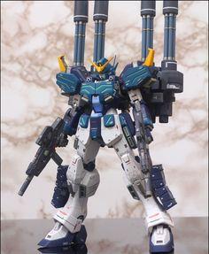 Battle Robots, Sf Movies, Gundam Astray, Gundam Wallpapers, Gundam Custom Build, Sci Fi Models, Gundam Wing, Custom Paint Jobs, Gundam Model