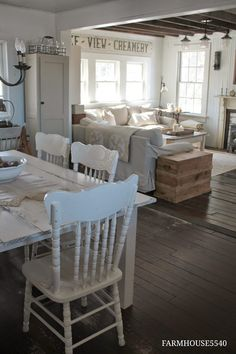 A living room functions as an important place for socializing and relaxing. Thus, a special décor for a living room is a must. If you are looking for farmhouse living room ideas, take inspiration from our gallery of beautiful small… Continue Reading → Farmhouse Homes, Farmhouse Style, Modern Farmhouse, Farmhouse Living Rooms, White Farmhouse Table, Small Farmhouse Kitchen, French Living Rooms, Farmhouse Curtains, Farmhouse Kitchens