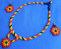 Mexican Huichol Beaded Necklace and Earrings set by Aramara