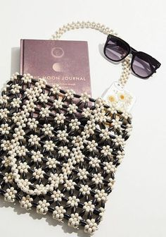 Beaded Purses, Beaded Bags, Beaded Jewelry, Beaded Flowers Patterns, Beading Patterns, Bead Crafts, Jewelry Crafts, Handmade Bags, Handmade Jewelry