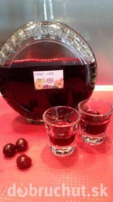 Fotorecept: Višňový likér