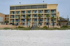 Paradise Palms Jan 2017 Margy Crowl Panama City Beach