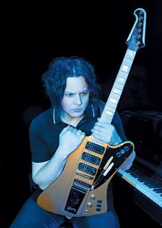 Jack White Breaks Down His Ambitious New Album, 'Boarding House Reach' - Guitar World Dead Weather, Queen Brian May, Chrissie Hynde, Fort Knox, Joe Bonamassa, The Pretenders, Les Paul Guitars, Guitar Pins, Pin Up Photos