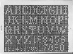 Lettere dell'alfabeto all'uncinetto - Uno schema che vi aiuterà a scrivere i nomi di tutti i componenti della famiglia.
