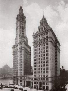 The Wrigley Building on 1930