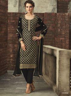 Looking to buy salwar kameez? ✓ Shop the latest dresses from India at Lashkaraa & get a wide range of salwar kameez from party wear to casual salwar suits! Black Salwar Kameez, Salwar Suits, Churidar, Patiala, Indian Suits Online, Pakistani Suits, Punjabi Suits, Pink Suit, Velvet Pants