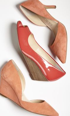 We love how this classic-with-a-twist wedge completes any outfit in no time flat.