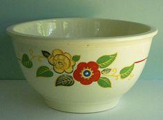1930s Kitchen Kraft Mixing Bowl