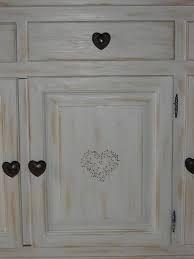 Peindre des meubles bois vernis conseils décoration poncer peintures ...