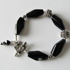 Handmade Beaded Jewelry And Lampwork Jewelry Designs - Pacificjewelrydesigns.com - Black Onyx Sterling Silver beaded bracelet