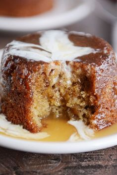 Sticky Toffee Pudding Cake is part of Desserts - Sticky toffee pudding is classic, simple, and delicious! A tender, moist date cake is smothered in a toffee sauce and drizzled with a bit of cream Amazing! No Bake Desserts, Just Desserts, Pudding Desserts, Cheesecake Pudding, Lemon Desserts, Sweet Desserts, Easy Pudding Recipes, Pudding Cupcakes, English Desserts