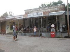 Taylor Grocery, Taylor, MS