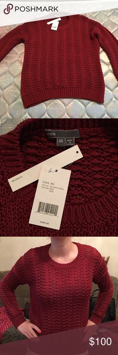 Vince Sweatet NWT Vince Sweater. Size XS but fits like a S. 100% cotton Vince Sweaters Crew & Scoop Necks