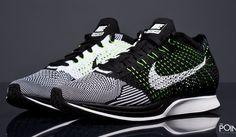 Zapatillas Nike Flyknit Racer Negro Blanco, descubre en nuestra #tiendaonline de #sneakers #ThePoint la nueva entrega del modelo de zapatillas #NikeFlyknitRacer que #Nike lanza en esta nueva colección #PrimaveraVerano2016, sin duda este colorway que os presentamos es uno de los mas potentes hasta la fecha, hazte con ellas clicando aquí, http://www.thepoint.es/es/zapatillas-nike/1451-zapatillas-hombre-nike-flyknit-racer-negro-blanco.html