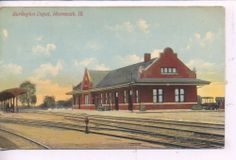 MONMOUTH ILLINOIS 1907 BURLINGTON RAILROAD DEPOT TRAIN STATION VINTAGE POSTCARD