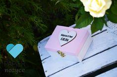 Różowy jest popularnym kolorem przewodnim ślubów, wiele z Was wybiera właśnie taki kolor swojego Personalizowanego pudełka na obrączki :) https://www.facebook.com/Papier.nozyce/?fref=ts