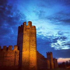 le mura di Montagnana, in provincia di Padova. 45°14′00″N 11°27′00″E