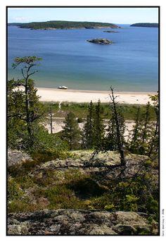 Just south of Örnsköldsvik on Swedens Höga kusten (High Coast) Trysunda lies in an archipelago of islands.