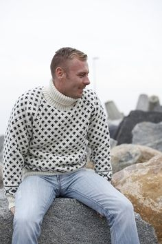 Huge selection of warm´n soft Icelandic sweaters and norwegian jumpers of 100% pure new wool