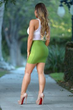 Here's a sexy booty shot featuring Daphne, again in the same sexy mauve pencil skirt. very tight, very sexy. NEW Daphne - Mauve Pencil Skirt 3 Tight Dresses, Sexy Dresses, Daphne Joy, Belle Silhouette, Sexy Legs And Heels, Sexy Skirt, Hot Dress, Beautiful Legs, Beautiful Ladies