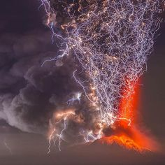 The Calbuco Volcano, Chile. It erupted on April 22nd for the first time in 40 years | Photo by Francisco Negroni