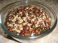 Black gram Sundal Black Gram, Health Snacks, Main Meals, Indian Food Recipes, Acai Bowl, Breakfast Recipes, Side Dishes, Salads, Salad