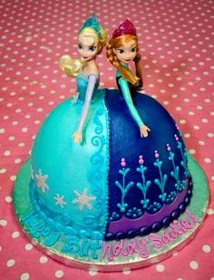 What little girl wouldn't like a 'Frozen' birthday cake?