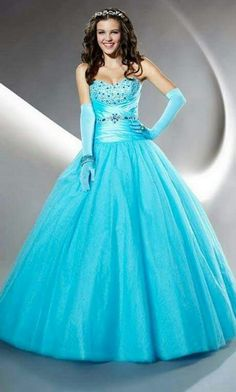 560c598dfb Turquoise Silver Quinceanera dress ~ Quinceanera dresses from Q by Davinci   quince XV años. Available in Turquoise Silver