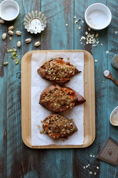 Oat and Pistachio Crumble Topped Baked Sweet Potatoes - Joy the Baker Thanksgiving Recipes, Fall Recipes, Healthy Recipes, Joy The Baker, Paleo, Crumble Topping, Sweet Potato Recipes, Side Dish Recipes, Food Dishes