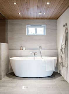 Diy Bathroom Remodel, Bathroom Interior, Modern Bathroom, Bad Inspiration, Bathroom Inspiration, Bathroom Ideas, Small Bathroom Storage, Bathroom Toilets, Dream Decor